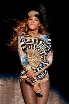 Beyoncé wearing Versace - OTR Tour