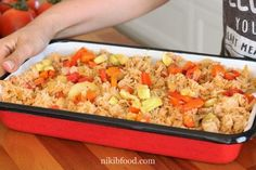 Chicken and rice and veggies recipe - Make a perfect lunch or supper. Chicken Spices, Chicken And Vegetables, Veggies, Veggie Recipes, Great Recipes, Cooking Recipes, Boneless Skinless Chicken, Rotisserie Chicken, Diy Food