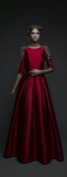 Chana Marelus #TBT The Scarlette Gown