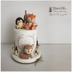 Woodland Friends by AppoBli Belinda Lucidi - . - Mary Reitz Woodland Friends by AppoBli Belinda Lucidi - . Woodland Friends by Baby Birthday Cakes, Baby Boy 1st Birthday, Puppy Birthday, Animal Birthday, 25th Birthday, Woodland Cake, Woodland Party, Forest Party, Friends Cake