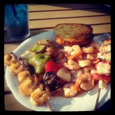 #kbiscookoff shrimp skewers, roasted veggies, salmon shish kabobs and grilled garlic bread....deeeelish