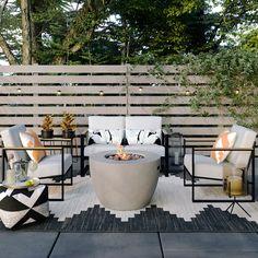 Awesome Backyard Patio Deck Design and Decor Ideas 42 Back Patio, Backyard Patio, Backyard Landscaping, Backyard Ideas, Landscaping Ideas, Backyard Seating, Garden Ideas, Florida Landscaping, Large Backyard