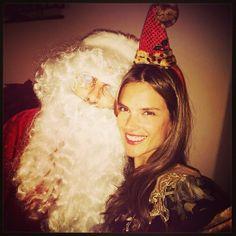 Alessandra Ambrosio: la semaine des tops spécial noël http://www.vogue.fr/mode/mannequins/diaporama/la-semaine-des-tops-sur-instagram-special-noel/16896/image/895316#!alessandra-ambrosio-special-noel