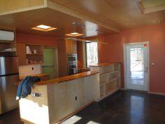Kitchen - appliances in, lights up
