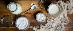 I have ALWAYS dreamed of making my own yogurt!!! Make yogurt at home with this recipe.