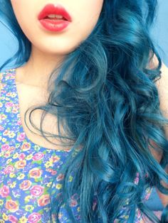 red lips & blue hair
