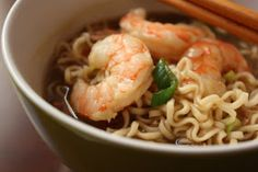 Ramen Noodles and Shrimp recipe. Okay I know ramen is a little old school but I bet this is darn yummy! Ramen Dishes, Shrimp Dishes, Shrimp Recipes, Pasta Dishes, Soup Recipes, Cooking Recipes, Ramen Shrimp, Asian Shrimp, Thai Recipes