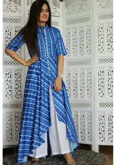 Get the ultimate guide on how to create your own designer saree blouses, with all the tops you have in your closet. Get the latest on saree drapes and new styles. Simple Kurti Designs, Salwar Designs, Kurta Designs Women, Kurti Designs Party Wear, Blouse Designs, Western Dresses, Indian Dresses, Indian Outfits, Kurta Patterns