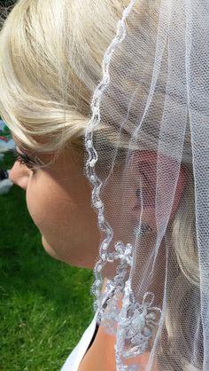 Brautgürtel - Brautschleier - Schleier mit Perlen - ein Designerstück von alw-design bei DaWanda