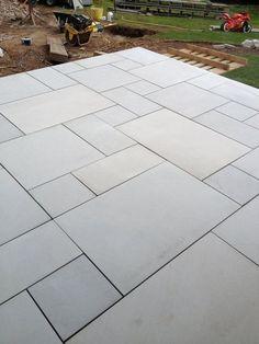 Garden slabs - Sawn Kandla Grey Indian Sandstone Paving Garden Slabs, Garden Tiles, Patio Slabs, Garden Paving, Driveway Paving, Patio Stone, Flagstone Patio, Outdoor Paving, Outdoor Flooring
