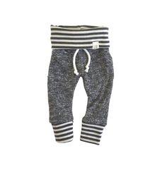 Pantalons de survêtement rayure gris foncé Pulls par ShopLuluandRoo