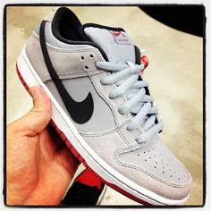 Nike SB Dunk Low - Infrared
