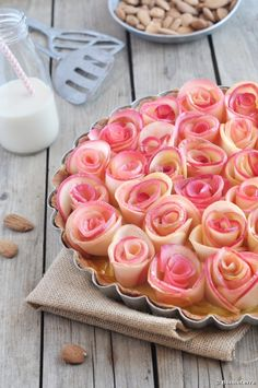 Recette bio : Tarte bouquet de roses pomme cannelle à la Boisson bio Riz Epeautre Amande de Bonneterre. Une recette inspirée du Chef Alain Passard.
