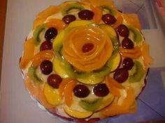Torta crema pasticcera e frutta