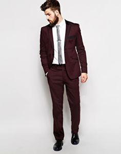 Guide Burgundy Suit With Contrast Lapel In Slim Fit