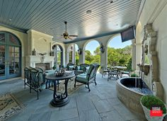 Private Residence - French Formal Luxury - traditional - patio - dallas - Harold Leidner Landscape Architects