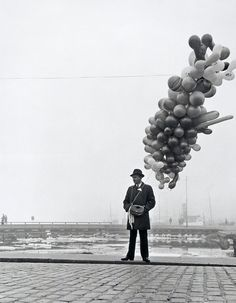 Photography and Jazz Lovers — edoardojazzy: Man selling balloon, Finland, Balloons Photography, Bw Photography, Street Photography, Jeff Wall, Westhampton Beach, Peter Beard, Arizona Muse, Pose, Robert D