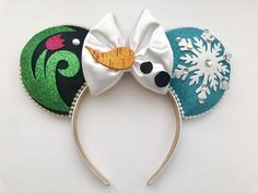 disney crafts Mickey ears inspired by Anna, Elsa and Olaf from the movie Frozen. IMPORTANT INFO! - All ears are made to order and ship two weeks from the order date! All orders then take Disney Minnie Mouse Ears, Diy Disney Ears, Disney Diy, Disney Crafts, Disney Stuff, Disney Magic, Disney Ears Headband, Disney Headbands, Ear Headbands
