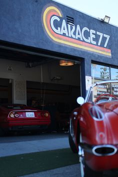 The amazing good looking entrance in Los Angeles Entrance, How To Look Better, Garage, Cars, Amazing, Carport Garage, Entryway, Door Entry, Autos