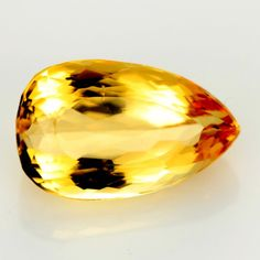 3.62 CTS GOLDEN PRECIOUS TOPAZ [TPZ81]topaz gemstone Pink Sapphire, Rocks And Gems, Rocks And Minerals, November Birthday, Golden Color, Topaz Gemstone, Crystals And Gemstones, Pear Shaped