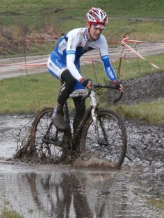 Very muddy cyclocross Leiden