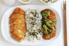 Chicken katsu is the Japanese equivalent of schnitzel. Serve it up with this tasty curry sauce. Proudly brought to you by SunRice and taste.com.au.