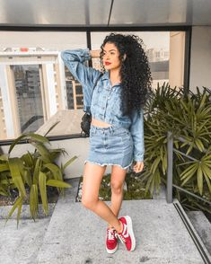Steffany Borges 🇧🇷 (@steffany_borges) • Fotos e vídeos do Instagram Curly Hair Tips, Long Curly Hair, Curly Girl, Curly Hair Styles, Trendy Fashion, Girl Fashion, Fashion Outfits, Womens Fashion, Ladies Fashion