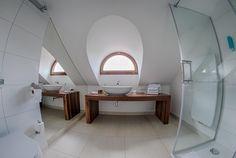 minimalistyczna łazienka  www.studiotf.pl