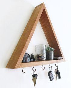 Wood triangle shelf key hooks, leash hook rack - modern handmade home decor, key organizer holder, w Handmade Home Decor, Diy Home Decor, Room Decor, Handmade Jewelry, Diy Jewelry, Jewelry Making, Living Room Furniture, Diy Furniture, Crystal Shelves