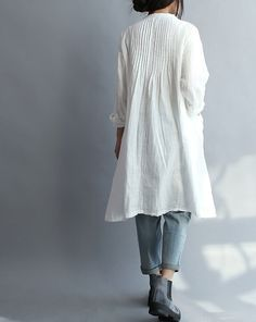 【Fabric】 cotton 【Color】 white 【Size】 Shoulder 55cm/ 21  Bust 102cm/ 40  Sleeve 49cm/ 19  Length 95cm/ 37    Have any questions please contact me and I
