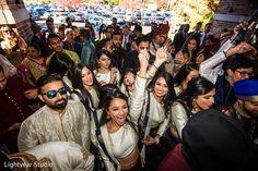 View photo on Maharani Weddings https://www.maharaniweddings.com/gallery/photo/155429