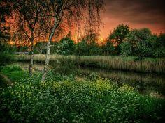 Een mooie lente-avond                                    (prachtige zonsondergang) by PETER De Jong