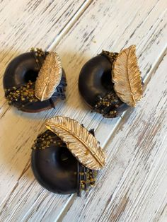 12 Blak Gold Mini Feather Wild One Donuts Doughnuts Wedding Baby Bridal Christmas New Years Sweets Table Candy Buffet Birthday Favors Treats Fancy Donuts, Mini Donuts, Baked Donuts, Doughnuts, Donut Decorations, Delicious Donuts, Weird Food, Birthday Favors, Pastries