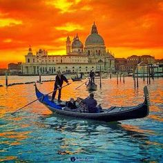 photo in Venice, Italy. Check out his gallery for more details of this amazing photo ? Beaches In The World, Places Around The World, Around The Worlds, Venice Travel, Italy Travel, Best Wineries In Napa, Venice Painting, Beau Site, City Photography