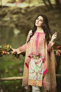 Stitching Styles 2018 for Pakistani Dresses for Ladies Stylish Dresses, Casual Dresses, Fashion Dresses, Pakistani Dress Design, Pakistani Outfits, Pakistani Cape Dresses, Muslim Fashion, Indian Fashion, Trajes Pakistani