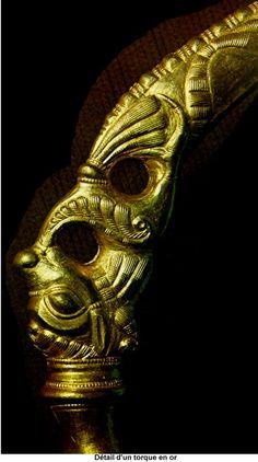 Detail d'un torque en or Art celte