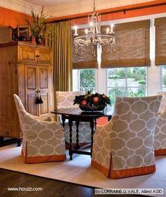raisin dining chair | Una sala en colores naturales más naranja de la tendencia