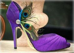 These shoe add ons are so fabulous! Wish I would have seen these BEFORE my wedding!