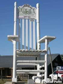 Magnolia State Rocker U2013 Worldu0027s Largest Rocking Chair   Gulfport MS