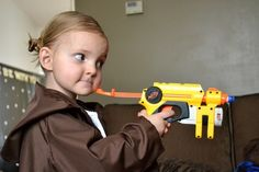 Star Wars party games for kids... I'm repinning this link just for the look on the little girl's face!