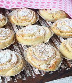 mortlade dl vetemjöl Fyllning g smör 4 msk vaniljsocker Swedish Recipes, Fika, Piece Of Cakes, Everyday Food, Something Sweet, Baked Goods, Baking Recipes, Meal Prep, Bakery