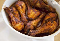 Złociste pałki z kurczaka. Znikają błyskawicznie [PRZEPIS] Meat Recipes, Chicken Recipes, Cooking Recipes, Meat Chickens, Tandoori Chicken, Main Dishes, Food And Drink, Guacamole, Meals