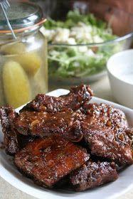 Dla mnie żeberka takie jak te - pieczone, bardzo miękkie i delikatne, ale jednocześnie z chrupiącą skórką nasyconą śliwkową słodyczą - to śc... Steak, Recipies, Food And Drink, Pork, Beef, Dinner, Recipes, Pork Roulade, Meat