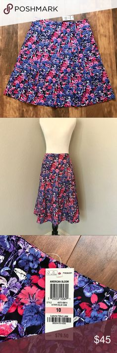 NWT Charter Club midi skirt So bright, bold, beautiful, and perfect for summer! I love this skirt paired with a plain white tee and sandals, or a solid button down and heels. New with tags and ready to jazz up your closet! Charter Club Skirts Midi