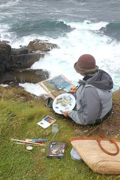 Painting course holidays and art classes of 1 to 4 days and life drawing evening classes set in the beautiful coastal landscape surroundings of Newlyn in West Cornwall.