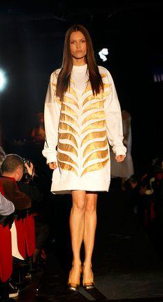 Diseño de Beatriz Pérez, alumna de 3º en Grado en Diseño de Moda en ESNE. ESNE Entramados 2013 http://web.esne.es/grado-en-diseno-de-moda/