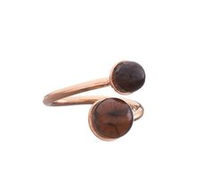 Ring von Alma Frieda: rose-vergoldeter Silberring mit Rauchquarz