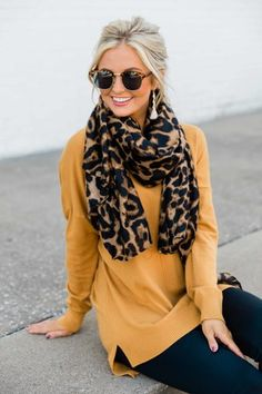 Stop And Remember Me Brown Animal Print Scarf - Fall - Winter Mode Fall Fashion Outfits, Look Fashion, Womens Fashion, Autumn Outfits, Outfit Winter, Fashion Images, Hijab Fashion, Fashion Clothes, Over 60 Fashion