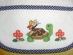 Healthy breakfast ideas for kids age 9 to make 3 12 11 Cross Stitch Designs, Cross Stitch Patterns, Harry Pottertattoo, Cross Stitch Baby, Beading Patterns, Textiles, Embroidery, Sewing, Animals