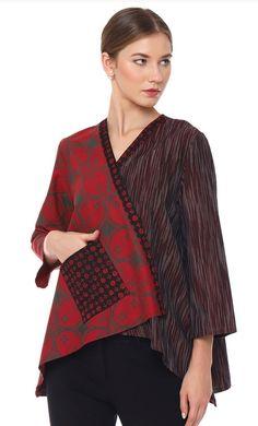 Batik Batik Blazer, Blouse Batik, Batik Dress, Silk Kurti Designs, Tunic Designs, Batik Fashion, Boho Fashion, Fashion Design, Chic Outfits